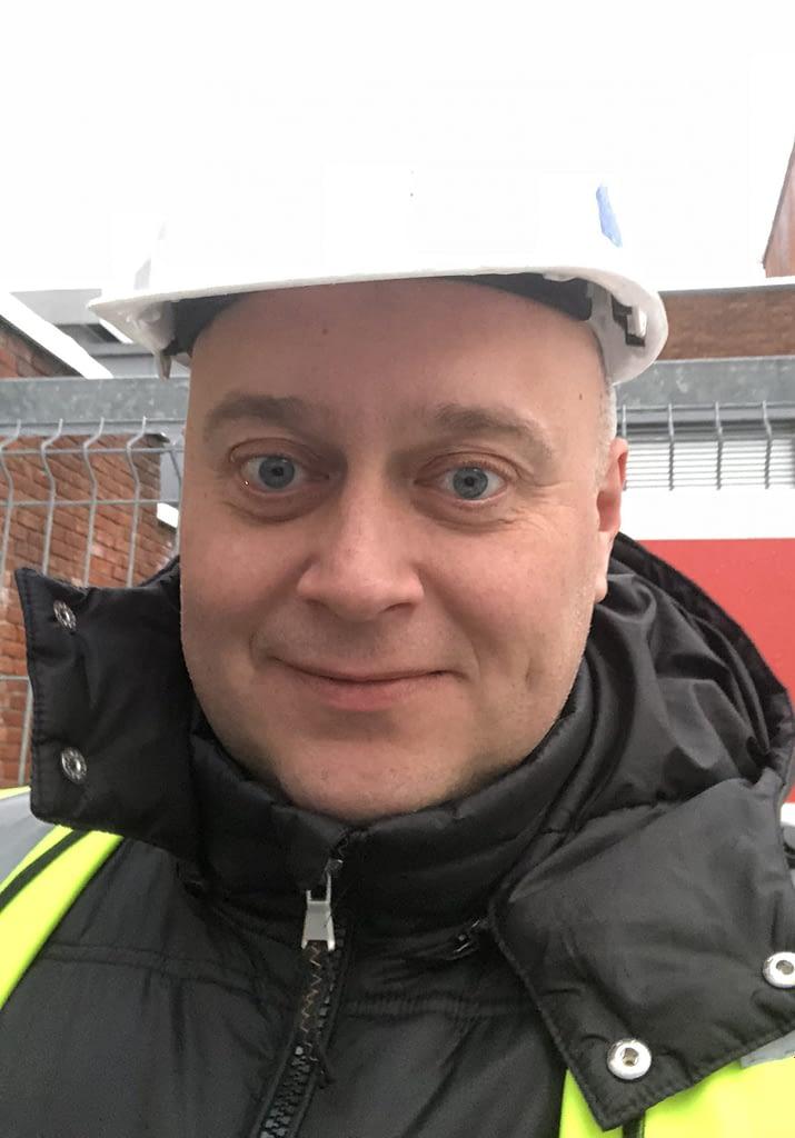 Bo Pedersen med hjelm